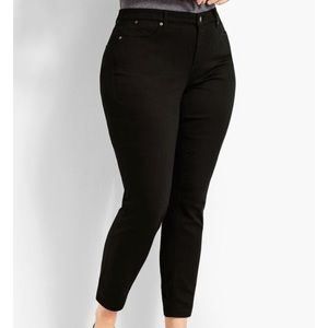 Talbots curvy cropped fit jeans 12